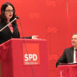 Lisa Gnadl auf der Wahlkreiskonferenz
