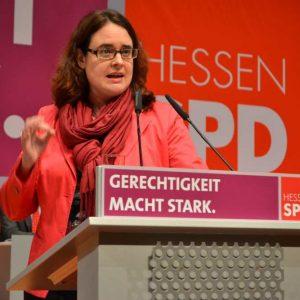 Lisa Gnadl auf dem Landesparteitag