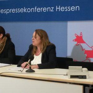Landespressekonfererenz zum Thema Rechtsextremismus